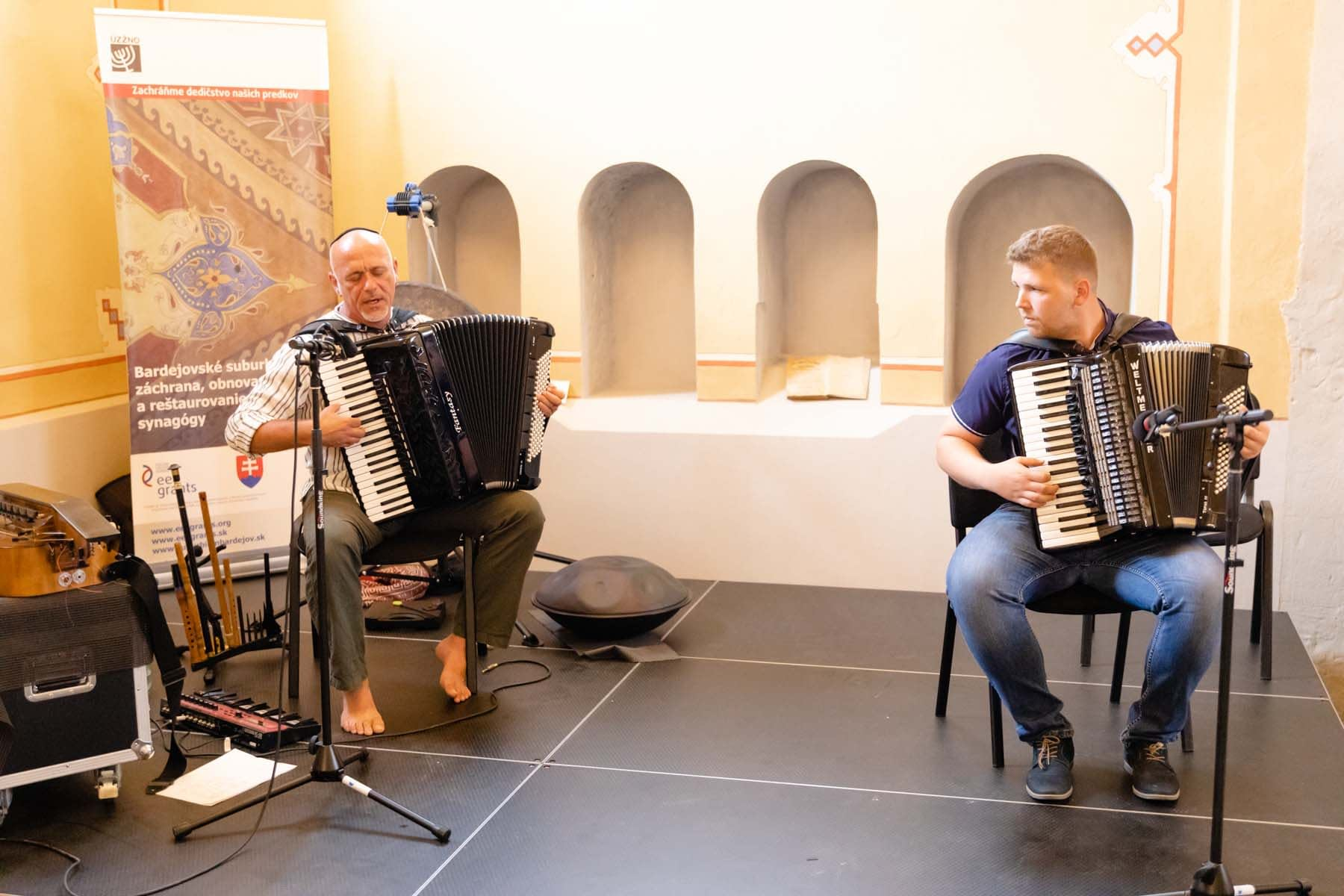 Slovak multi-instrumentalist Michal Smetanka, accompanied by accordion player Slavomír Harman, play a Jewish melody