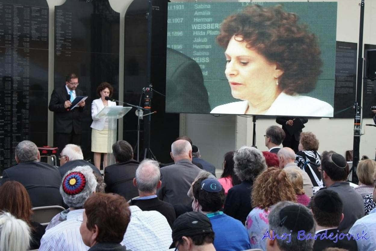 Chairwoman Lesley Weiss speaks at the Dedication Ceremony