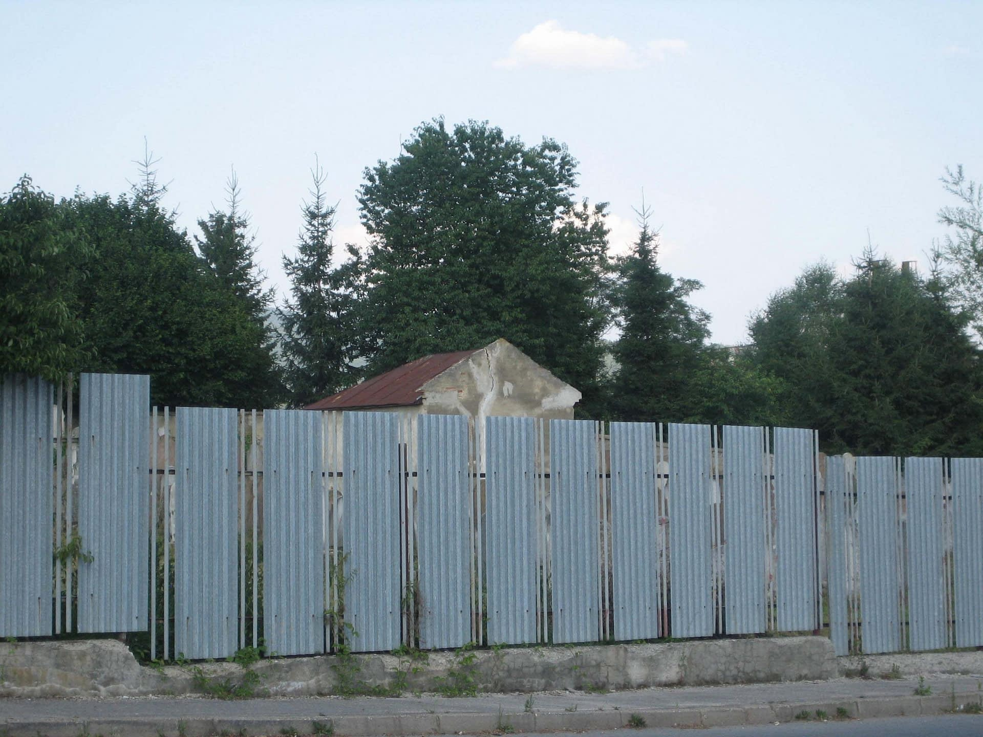 2006 - old fence surrounding the Jewish Cemetery